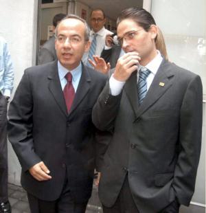 http://tvnoticias.files.wordpress.com/2008/03/mourino-2.jpg
