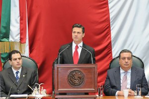 Peña Nieto en la Legislatura mexiquense